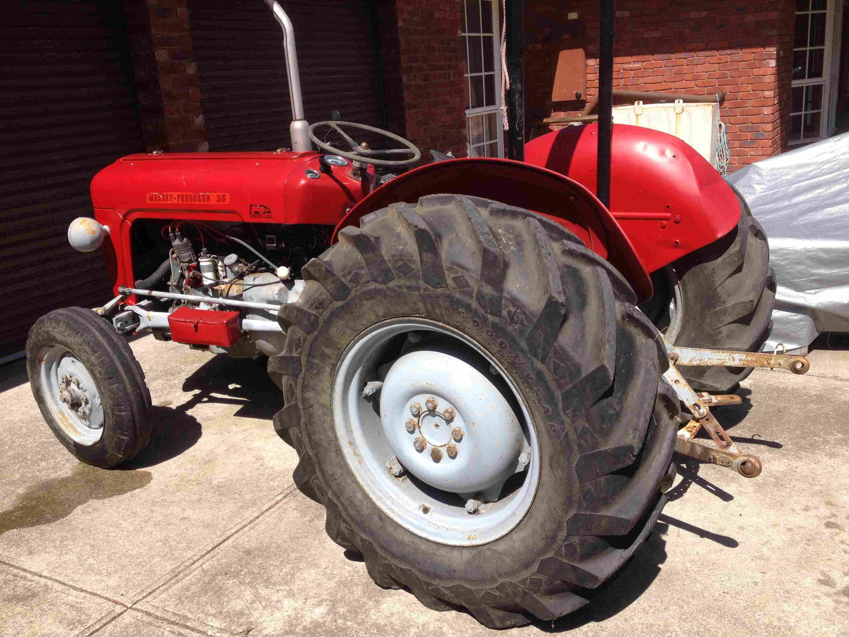 massey ferguson 35 tractor machinery equipment tractors. Black Bedroom Furniture Sets. Home Design Ideas