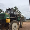 Self propelled Goldacres 2200 Boomspray