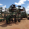 John Deere 610 30 ft air seeder and 777 air cart  - Large Machinery - Used