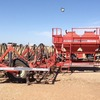 30 ft Horwood Bagshaw Scaribar with 4000 Litre Airseeder mounted boxes - Machinery & Equipment