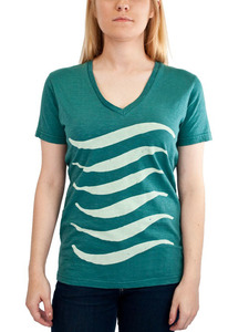 Women's Waves Tee