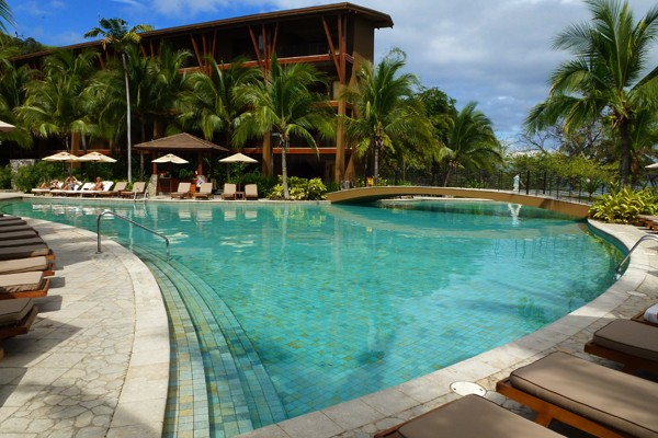 Fathom kicking it resort style in costa rica for Pool design costa rica