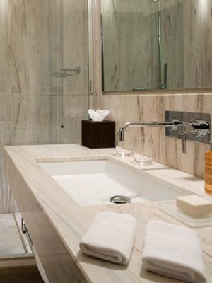 Hotel Punta Tragara Shower