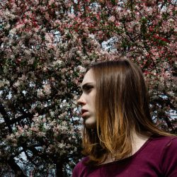 "Soccer Mommy Shares ""Inside Out"" Video In Feature With Stereogum"