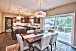 Dinning_into_kitchen