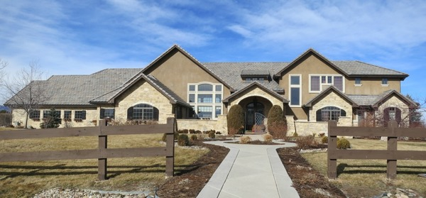 Fieldstone_family_homes_exteriors_(1)