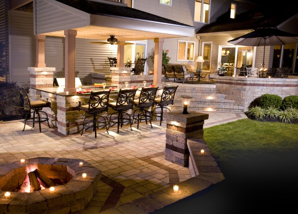 Fieldstone_family_homes_outdoor_living_(2a)