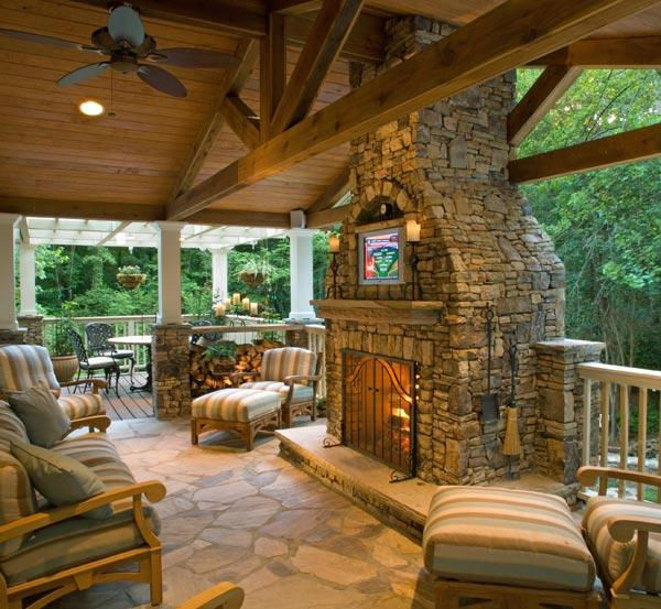 Fieldstone_family_homes_outdoor_living_(10)
