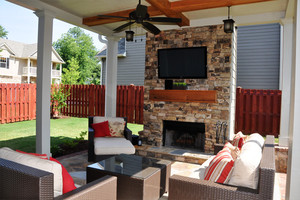 Fieldstone_family_homes_outdoor_living_(22)