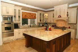 Fieldstone_family_homes_kitchen_(12)