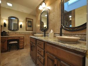 Fieldstone_family_homes_bathroom_(11)