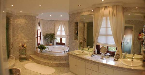Fieldstone_family_homes_bathroom_(19)