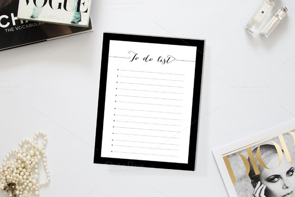Black Classy Girl To Do List Templat