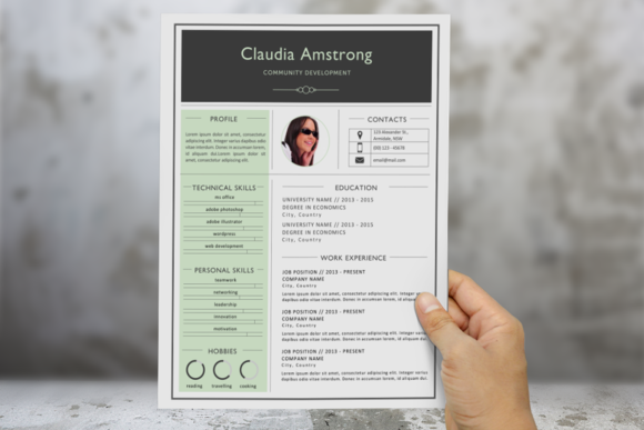 Green Photograph Resume Template