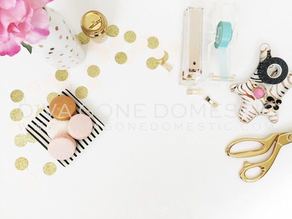 Styled Photo Confetti Desktop