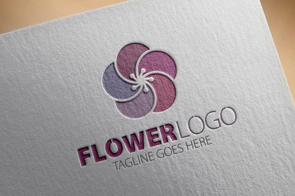 Flower V4 Logo
