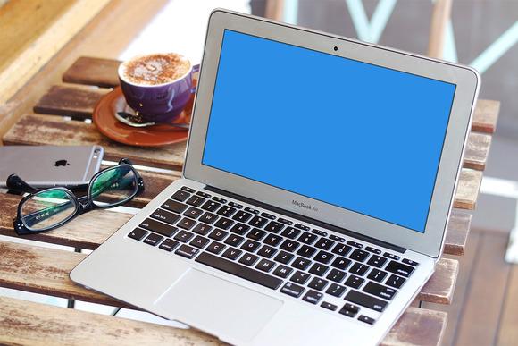 MacBook Air Mockup Smart Object