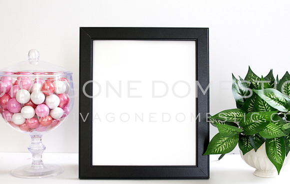 Frame Styled Desk Photo Feminine