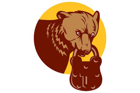 Grizzly Bear Biting Padlock Circle R