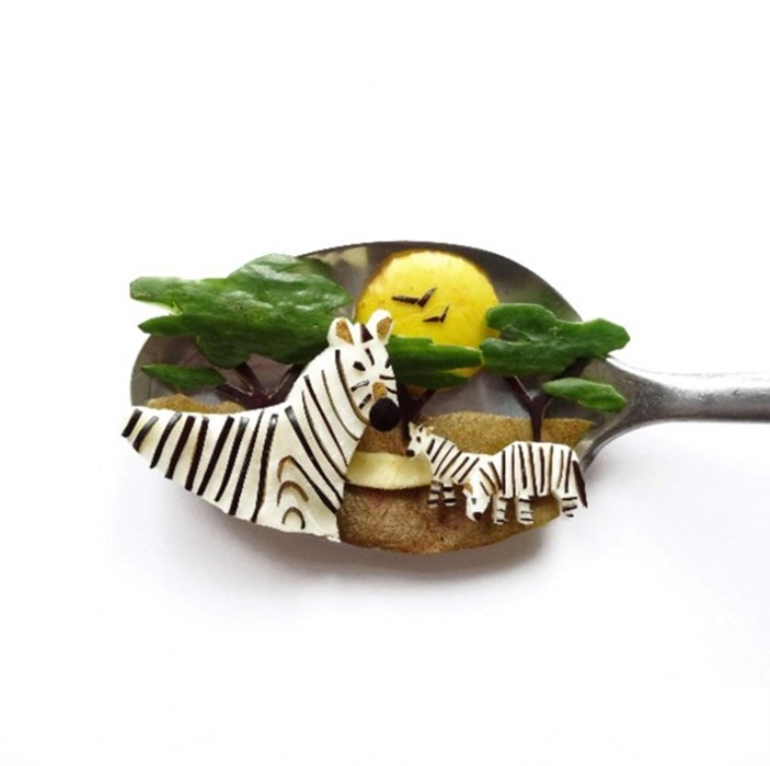 zebras on a teaspoon