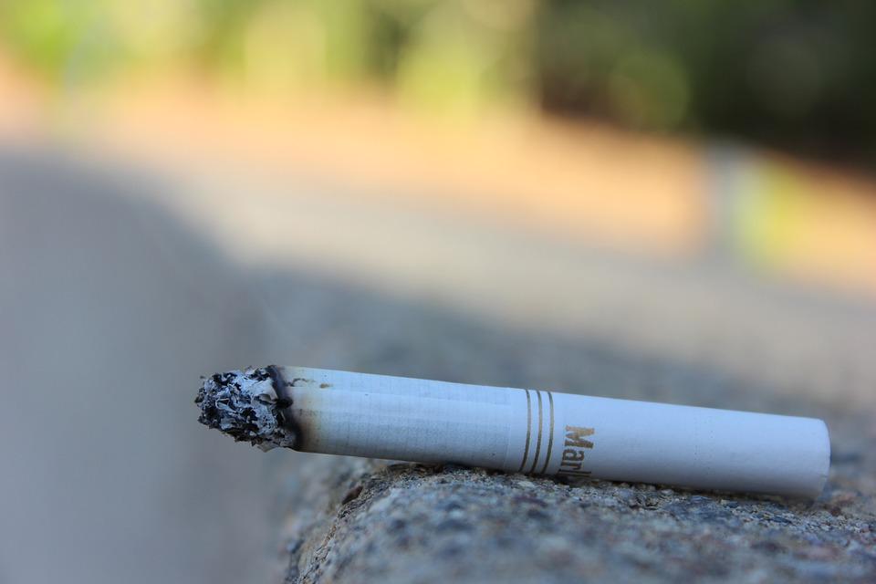 cigarette-1301660_960_720.jpg