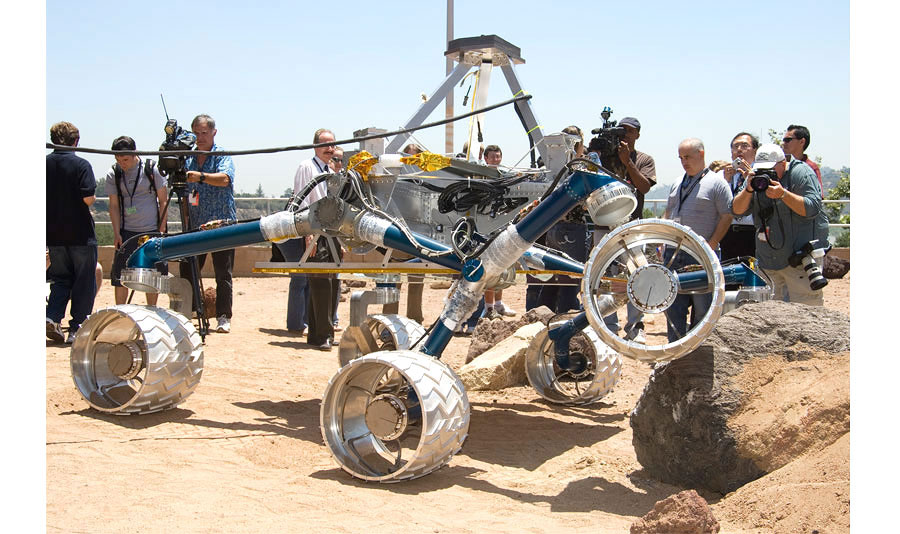 photo essay curiosity s mission to mars mit technology review photo essay curiosity s mission to mars