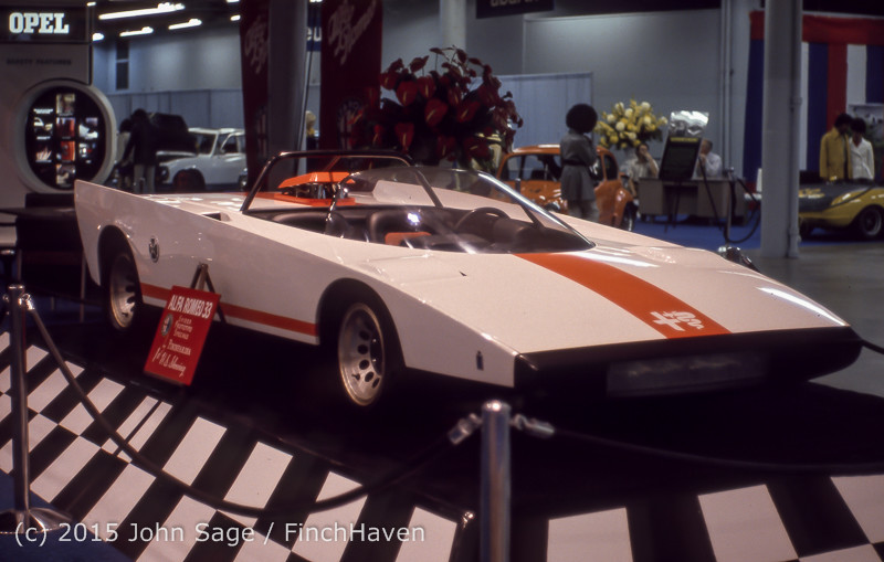 Los_Angeles_Auto_Show_1971-04