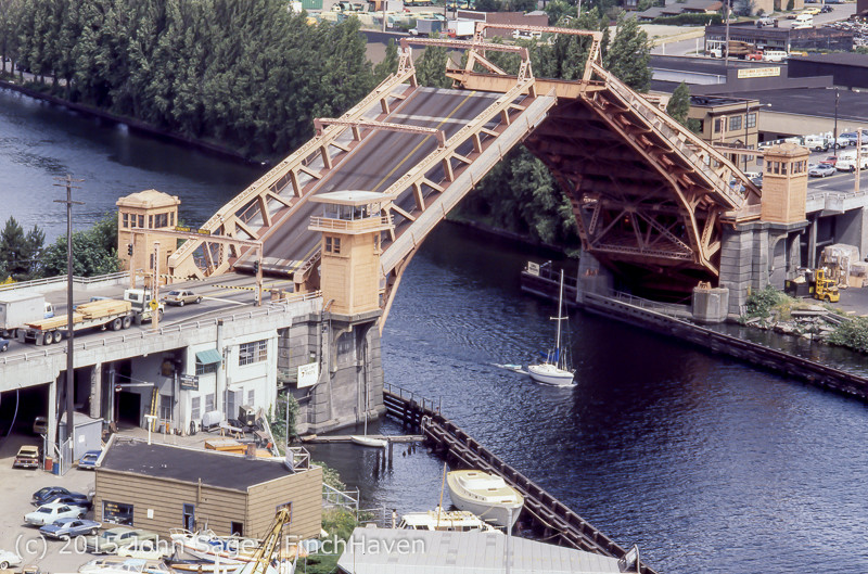 Aurora_Bridge_Scenes_June_1977-07