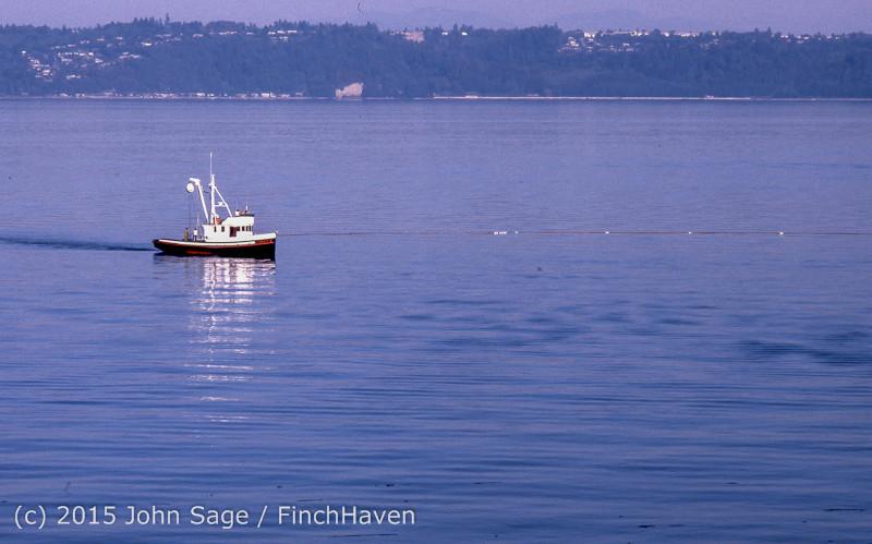 Purse-seining Salmon Glen Acres Vashon WA 1980 006