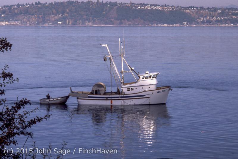 Purse-seining Salmon Glen Acres Vashon WA 1980 012
