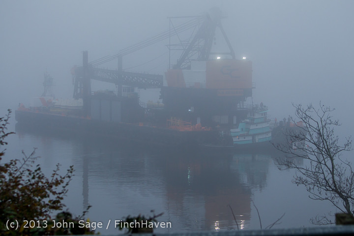 1513 DB General Crane visits Dockton 102413