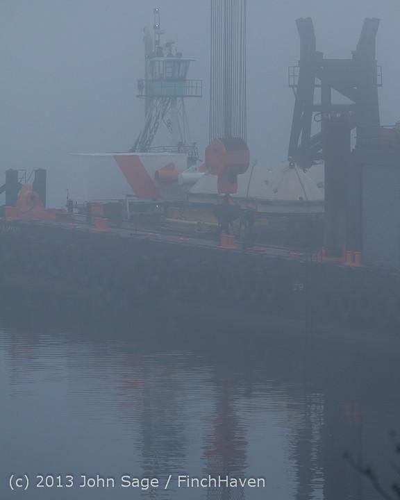 1556 DB General Crane visits Dockton 102413