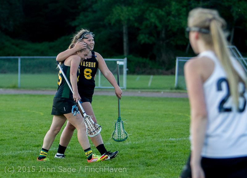 20446 Valkyries LAX Seniors Night 2015 050715