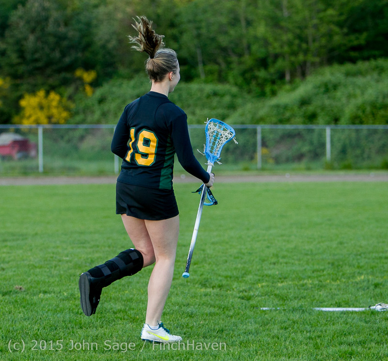 20468 Valkyries LAX Seniors Night 2015 050715