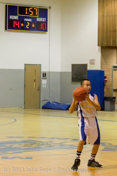 5329 McM Boys Varsity Basketball v Klahowya 121213