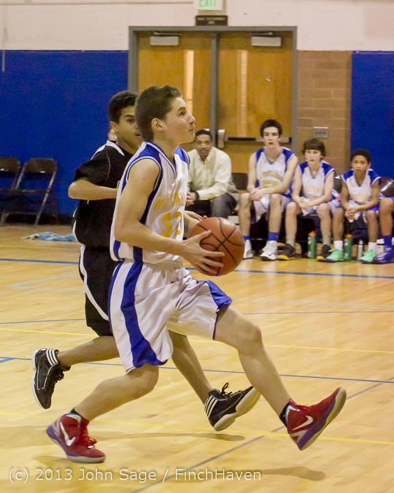 5532 McM Boys Varsity Basketball v Klahowya 121213