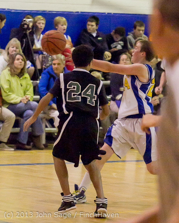5686 McM Boys Varsity Basketball v Klahowya 121213