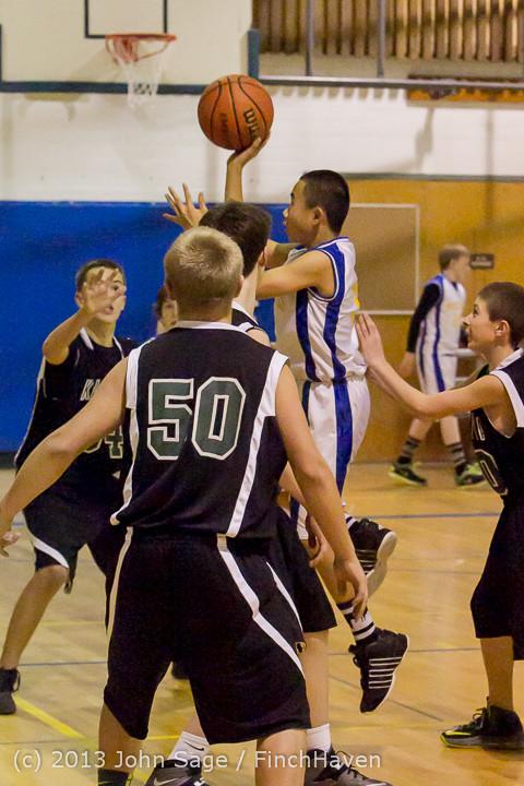 5750_McM_Boys_Varsity_Basketball_v_Klahowya_121213
