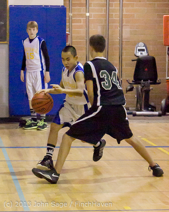5772 McM Boys Varsity Basketball v Klahowya 121213