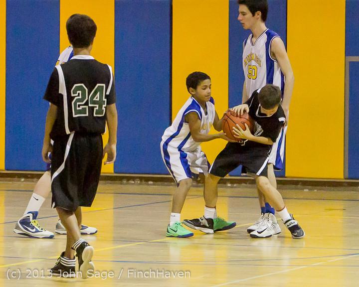 6084 McM Boys Varsity Basketball v Klahowya 121213