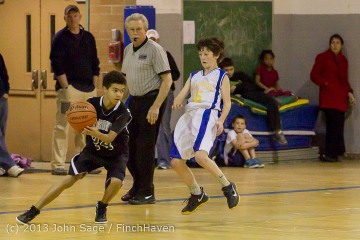 6222 McM Boys Varsity Basketball v Klahowya 121213