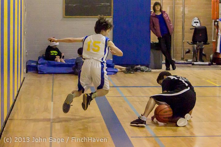 6297 McM Boys Varsity Basketball v Klahowya 121213