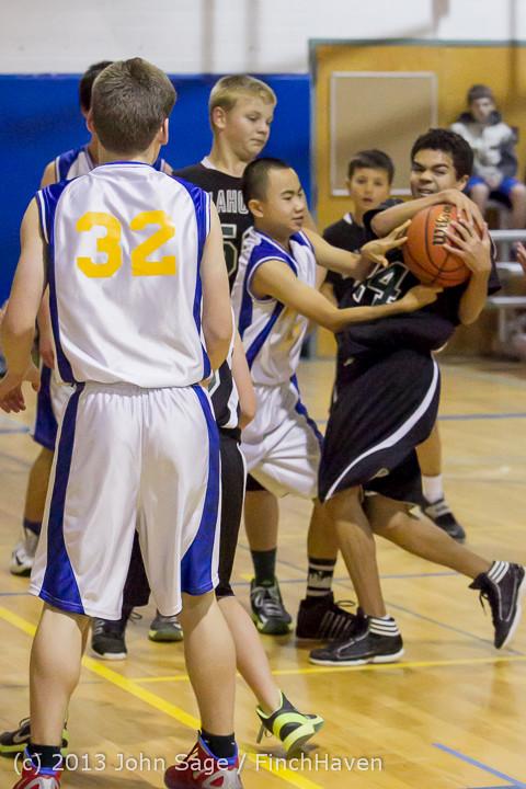 6331 McM Boys Varsity Basketball v Klahowya 121213