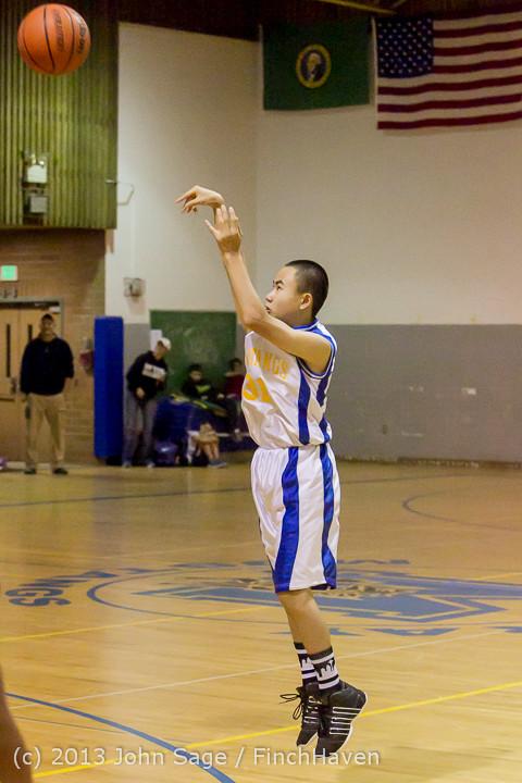 6333 McM Boys Varsity Basketball v Klahowya 121213