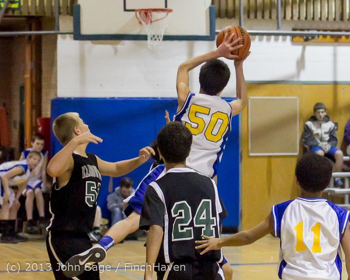 6341 McM Boys Varsity Basketball v Klahowya 121213