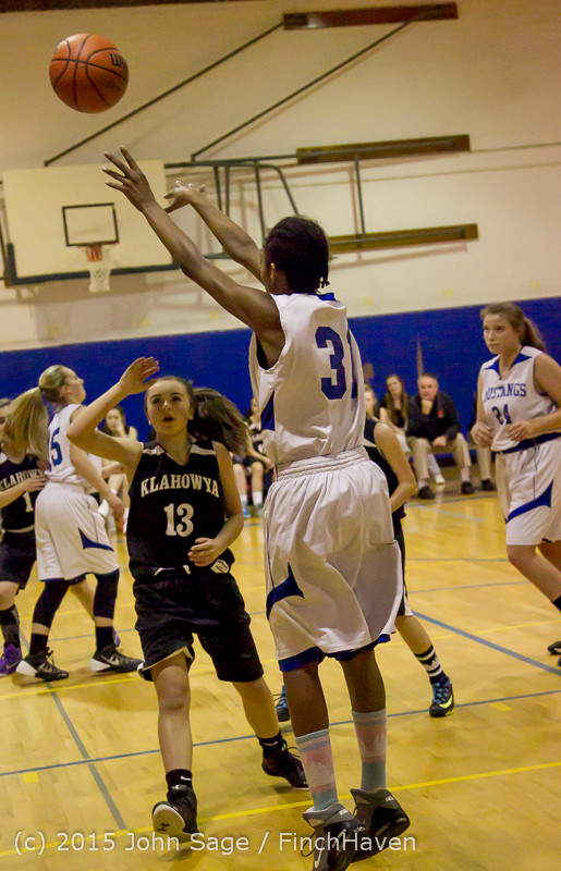 1487_McM_Girls_Varsity_Basketball_v_Klahowya_031215