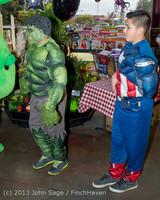 6841 Halloween on Vashon Island 2013 103113