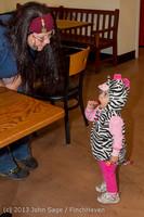 6872 Halloween on Vashon Island 2013 103113