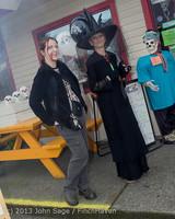 6893 Halloween on Vashon Island 2013 103113