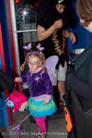 6906 Halloween on Vashon Island 2013 103113